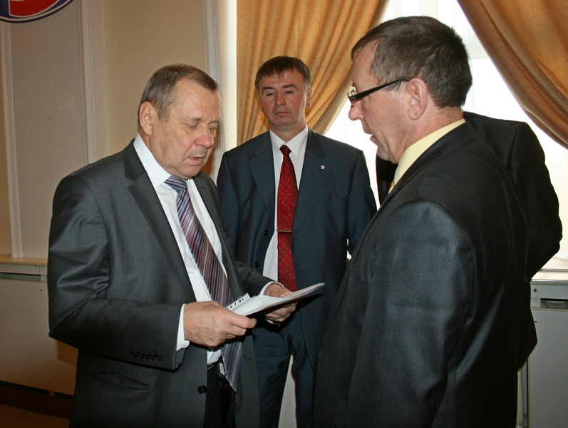 И. Каменских, А. Новиков, Ф. Телепаев