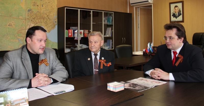 Е.Гущин, Л.Хитрин, С.Рясков