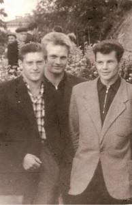 Б.Семёнов  - в центре, справа - Г.Парих