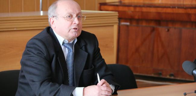 Ю. Иванов