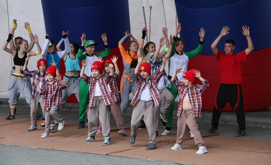 Организация детских праздников Молодёжная ведение детских праздников Сиреневая улица (деревня Пучково)