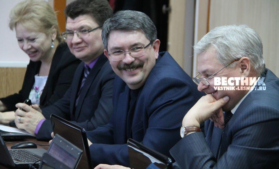 депутаты Н.Заусова, М.Фомичёв, С.Черепанов, С.Щекалёв