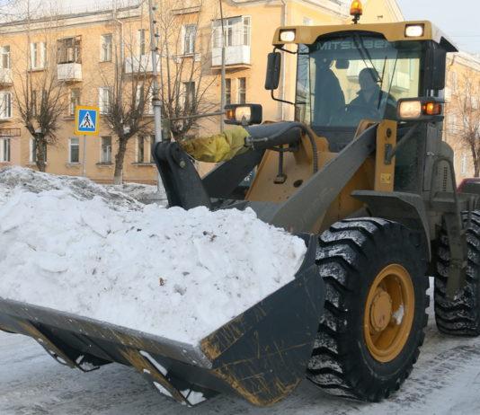 трактор, уборка снега, снегоуборочная техника,, снег