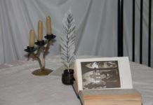 Ночь искусств, книга, перо, поэзия, свечи
